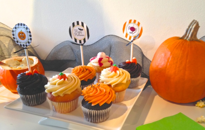 Yummy looking treats at our first Halloween party...all put on by our neighborhood yoga studio!